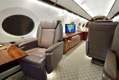 G650 - Forward VIP Seat with VIP control panels