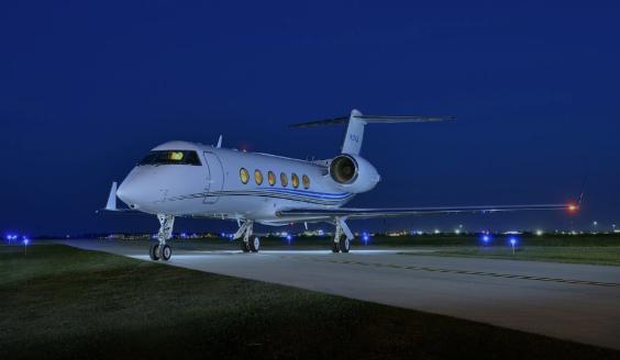 Gulfstream GIV-SP sn 1301 exterior night