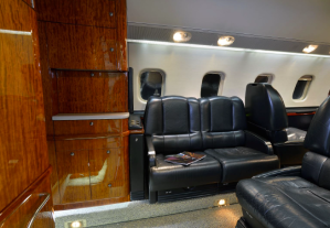 Guardian Jet Bombardier Learjet 60 interior 2