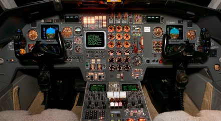 avionics - flight deck Falcon 900B