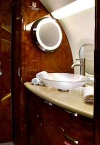 Gulfstream G280 -Guardian Jet lavatory
